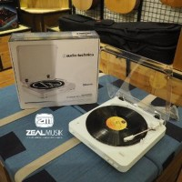 Audio Technica AT-LP60 BT - Bluetooth Turntable - Zeal Promo gede