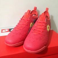 sepatu olahraga Sepatu Futsal Lotto Spark IN Solar Red Yellow