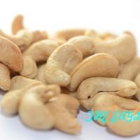 kacang mete mede goreng Asin Yu sri oleh khas SOLO 1000gr enak baru re