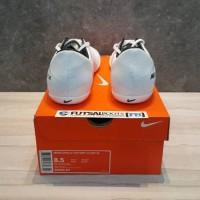 D- Sepatu Futsal Nike Mercurial X Victory CR7 Ronaldo IC - White