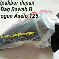 Spakbor depan Bag B Hitam Suzuki Shogun Axelo 125 asli ori Suzuki SGP