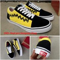 Sepatu Vans OLD SKOOL PEANUTS CHARLIE BROWN black Yellow Premium Ori