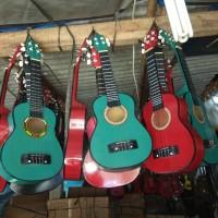 gitar ukulele atau kentrung senar 4