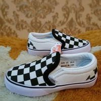 Sepatu Anak Vans Slip On 21 Sd 35 White Catur Ci99