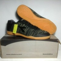 Sepatu Futsal Original Diadora Garda ID