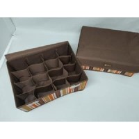 Underware 16 Box Penyimpanan Storage Box 16 Sekat B18