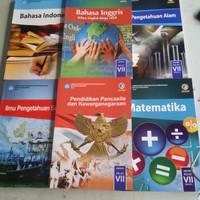 Buku Buku Paket SMP Kelas 7 .Bhs Indo. IPS .IPA .MTK .PKN .Bhs