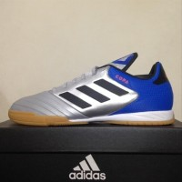 Sepatu Futsal Adidas Copa Tango 18 3 IN Silver Blue DB2452 Original