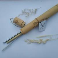Souvenir tube bambu berisi bamboo straw, stainless straw & brush
