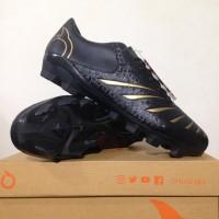 SALE!!! Sepatu Bola ORTUSEIGHT Blitz FG - Black/Gold