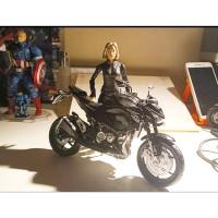 Miniatur Diecast Motor Sport Moge Hitam Skala 12 Alloy Models