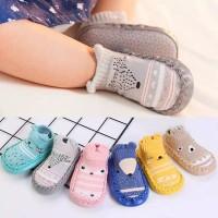 Sepatu bayi prewalker/ kaoskaki bayi / skidder bayi / booties