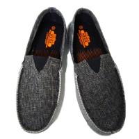Sepatu ardiles waka abu abu