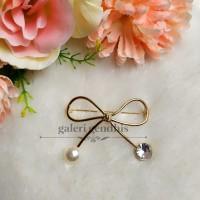 Bros Simple Pita Besar Mutiara Kristal - Brooch Pearl