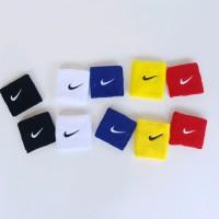 Armband - Wristband Nike Bahan Handuk - ikat Lengan - pergelangan Tang