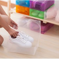 Kotak / Box Sepatu transparan plastik olah raga