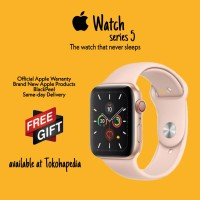 Apple Watch / iWatch Series 5 44mm Gold with Pink Sand SportBand MWVE2