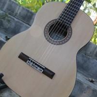 Gitar Klasik Yamaha C315 / C-315 Nilon Bonus Tas & Capo Murah