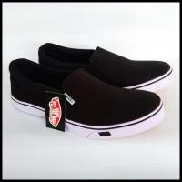 promo asyik Sepatu vans slop tanpa tali warna hitam / sepatu sekolah