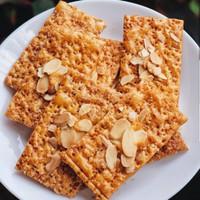 Almond Crackers Kue Kering MISOL netto 100 Gr kemasan plastik