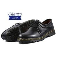 Sepatu Low Boot Docmart Wanita Casual Kulit Asli OutsoL Karet CH1070