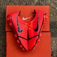 Sepatu Bola Nike Phantom VNM Solar Orange Black FG