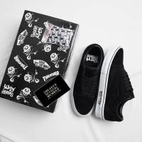 Sepatu THRASHER x Vans Old Skool SOTY Skater Of The Year Black White
