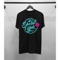 Kaos Distro Pria Islamic Sholat Yuk Atasan Pria T-shirt Pria