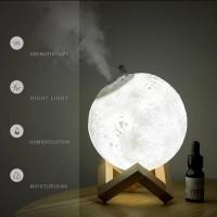 Diffuser Humidifier Aromaterapi + Lampu Tidur Bentuk Bulan 3D