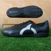 Ortuseight Horizon IN (Sepatu Futsal) - Black/Silver