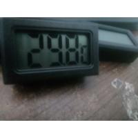 Pengukur Suhu dan Kelembaban Ruangan Digital Hygrometer dan Termometer