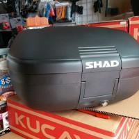 box Motor shad sh42 bukan givi kappa muat 2 helm