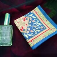 bandana paisley / slayer / saputangan warna cream motif bunga