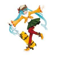 TAITO Hatsune Miku figure in Original Autumn Clothes Renewal version