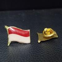 Pin Bendera Berkibar Pin Bendera Merah Putih Indonesia Berkibar 1.8cm