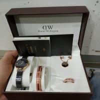 karunia jam - jam tangan cewe jam rantai cewe