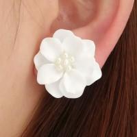 Anting Tusuk Bunga White Flower Ear Stud Anting Kait Korea Bunga