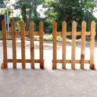 pagar pager pembatas partisi pembatas ruangan kayu jati belanda