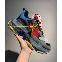 Sepatu Balenciaga Triple S Sneakers Pria Premium Original