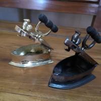 Antik Miniatur setrika arang ayam jago (jadul) bahan kuningan size S
