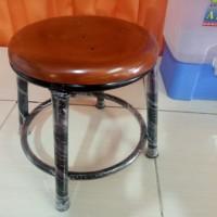 Bangku Besi Jongkok Kayu Cuci Baju 25 Cm Pijat Kaki Refleksi Vintage