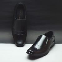Urban Sepatu Pantofel Pria Big Size Jumbo Nyaman GL 4 Hitam Original