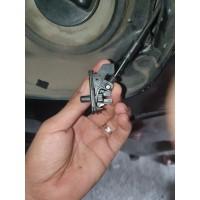 Datsun Go Lock Rod Tonjokan Knob Pembuka Tutup Tangki Bensin Nissan
