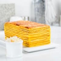 Lapis Legit Queen cheese UK 7,5 x 15 cm