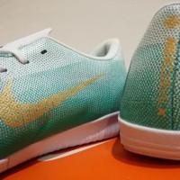 Sepatu Futsal Nike Mercurial Vapor XII Academy CR7 Light Green