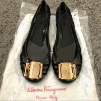 Flat Shoes Wanita Jelly