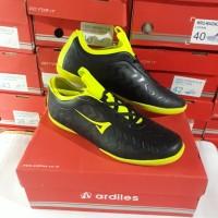 sepatu futsal ARDILES hitam