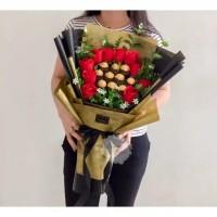 bunga buket coklat ferero untuk ultah/wisudahan/valentine dll