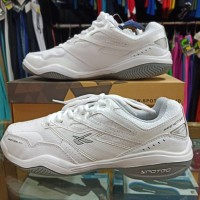 sepatu spatu tenis tennis spotec spotek nelson putih original ori asli