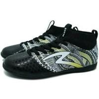 TERLARIS Sepatu Futsal Specs Heritage IN (Black/Gold/White) TEMURAH